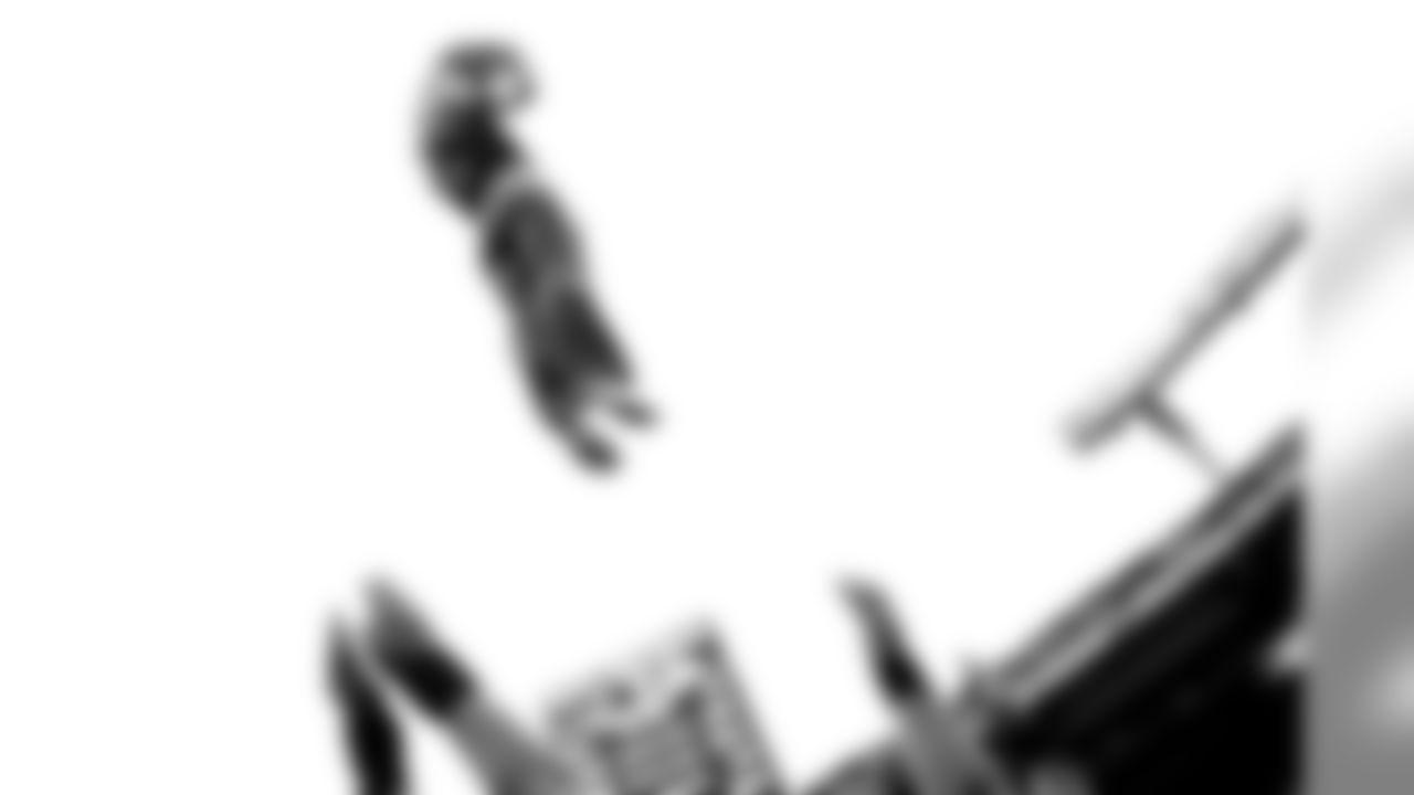 RAVENS_CHEER_TEXANS-103