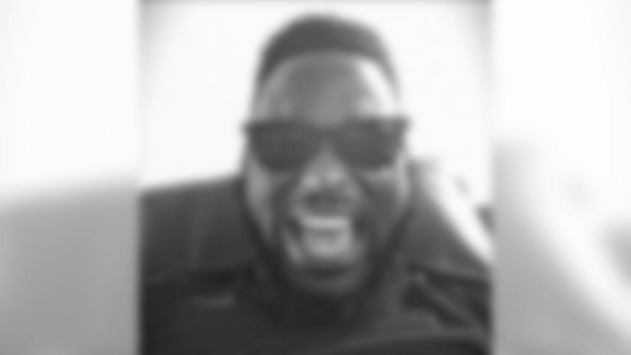 saynomo_elo [Matt Elam]: Tooth gone, Stunt'N..!