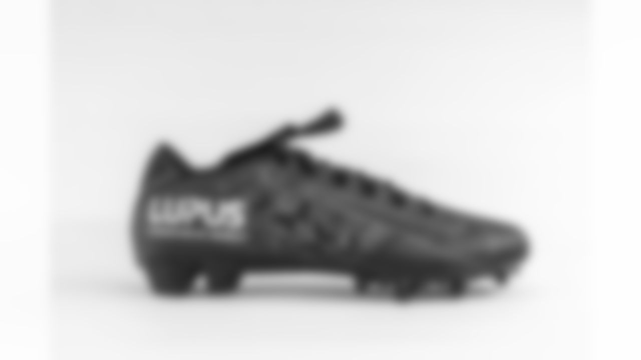 Bid on Antonio Gibson's cleats benefiting the Lupus Foundation of America here.