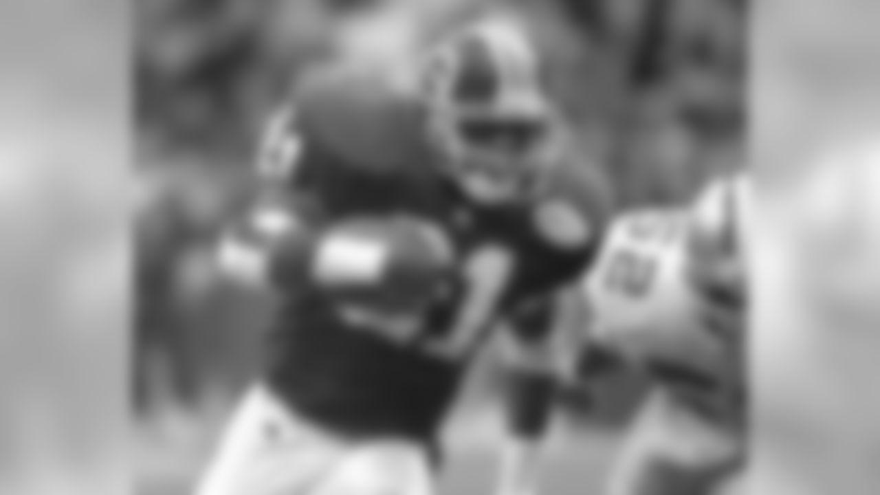 10.) Terry Allen (1995)—1,309 yards