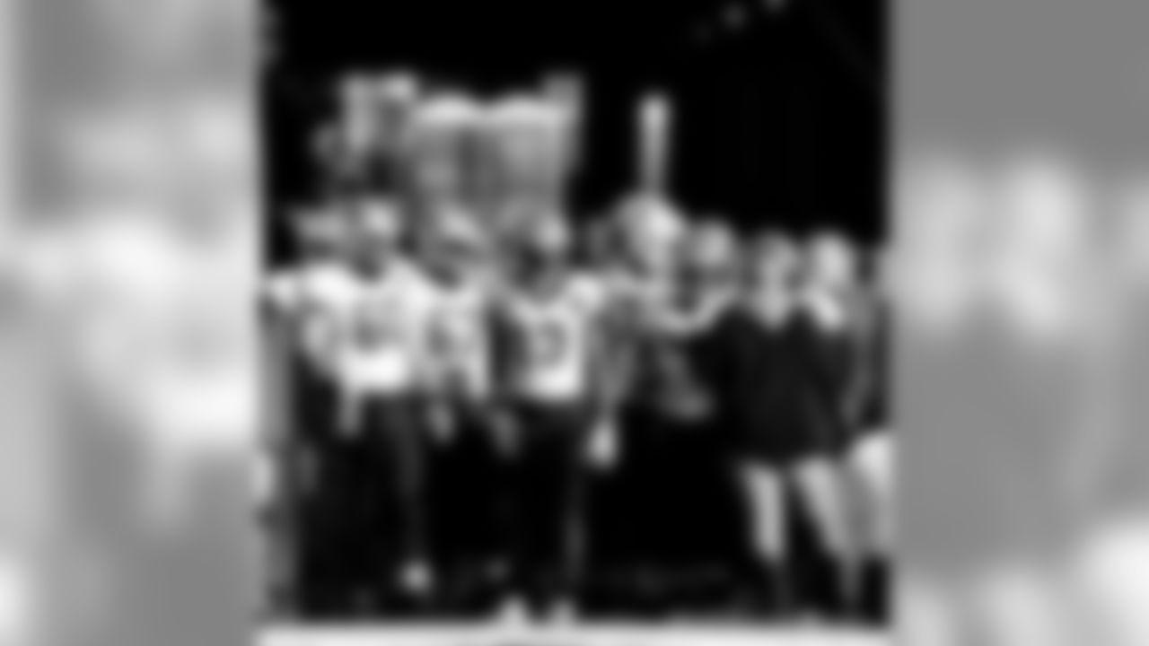 Gallery-Reg-Wk7-Saints-Ravens-Pregame-102118-001