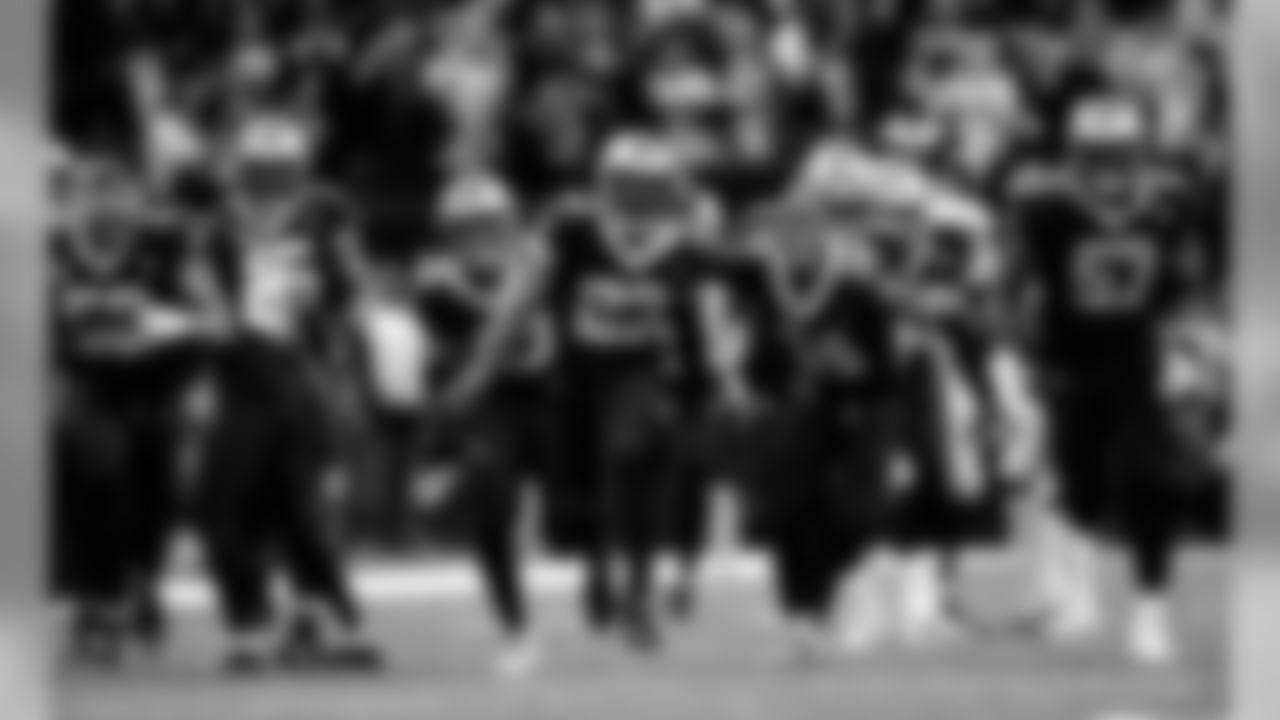Saints 20 - Eagles 14 (W) Divisional Game   Michael C.  Hebert