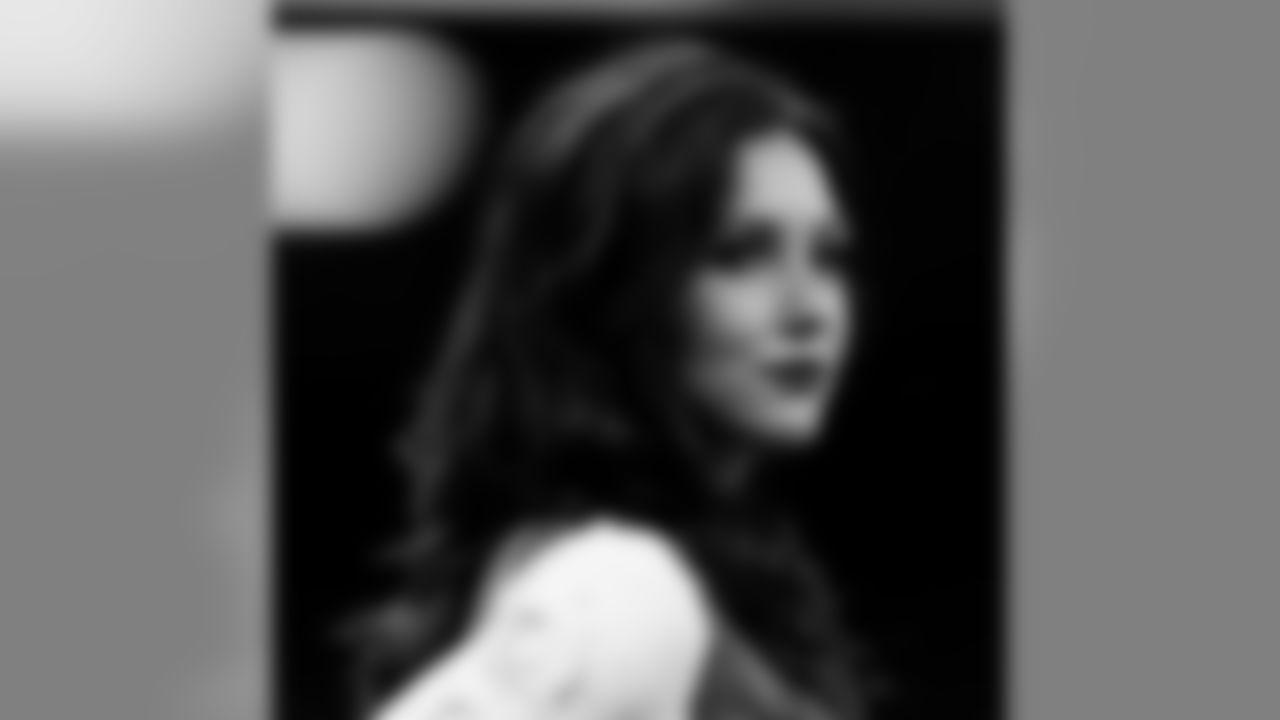 Gallery-Saintsations2019-Rachel-0001