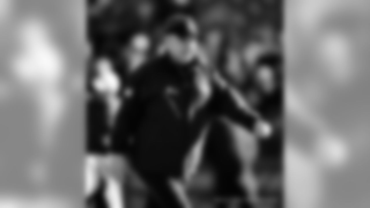 Gallery-Reg-Wk7-Saints-Ravens-Coaches-Staff-102118-020