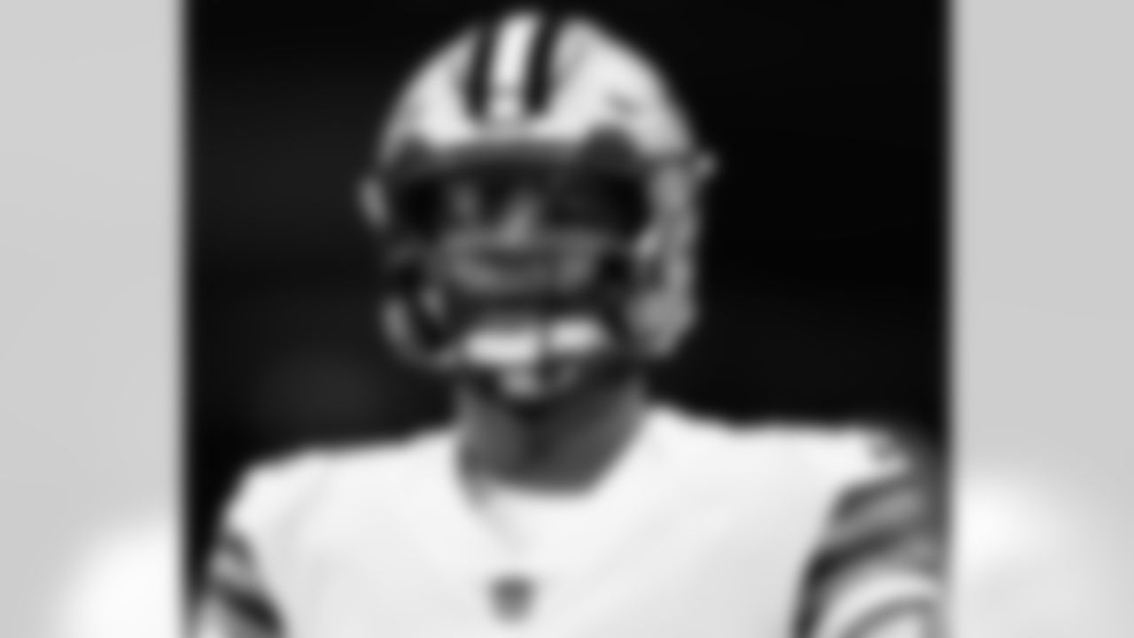 Get a look at quarterback Jameis Winston in uniform with the New Orleans Saints.