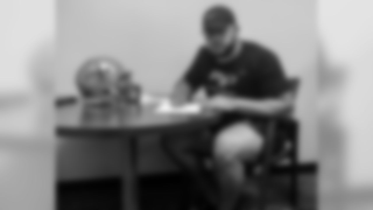 Photo-Saints-Rookie-Contracts-Erik-McCoy-1-051019