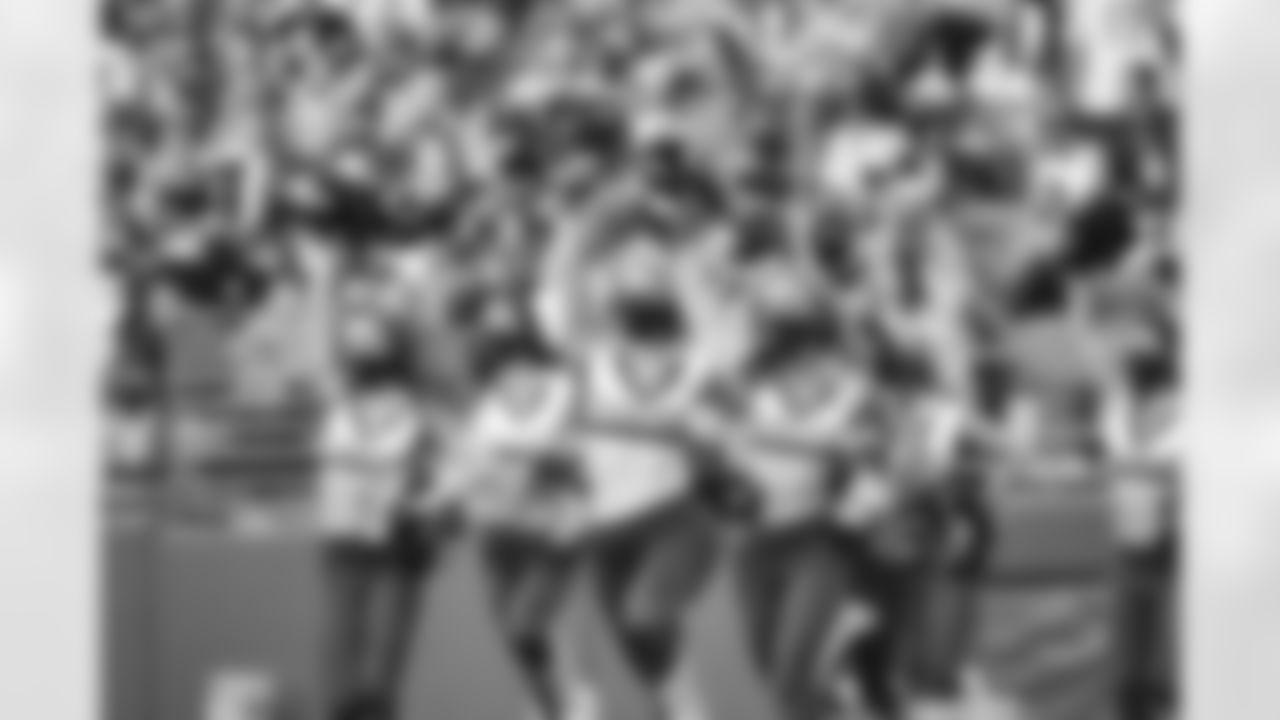 Seahawks Dancers perform during preseason week 3 vs. the Los Angeles Chargers at Lumen Field.