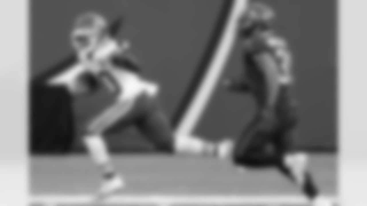 2021 Fantasy Football WR #1: Kansas City Chiefs Wide Receiver Tyreek Hill (AP Photo/Mark LoMoglio, File)