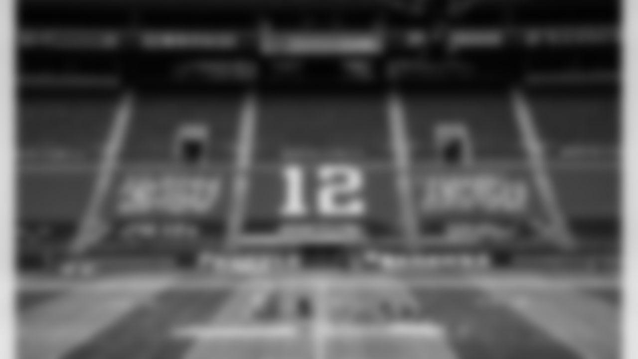 20200920-HSFootballJerseys-21