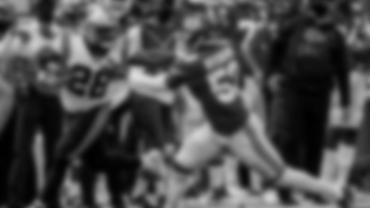 Carolina Panthers Running Back Mike Davis (AP Photo/Jeff Roberson)