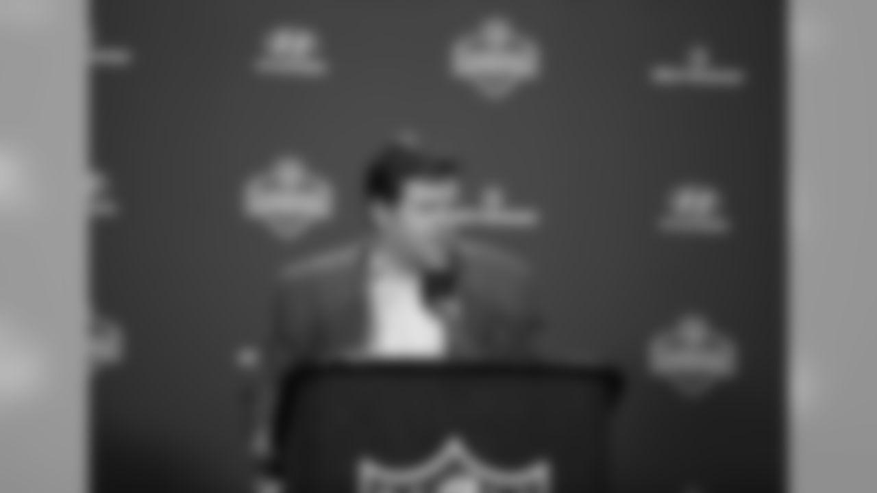 Linebacker Brock Coyle