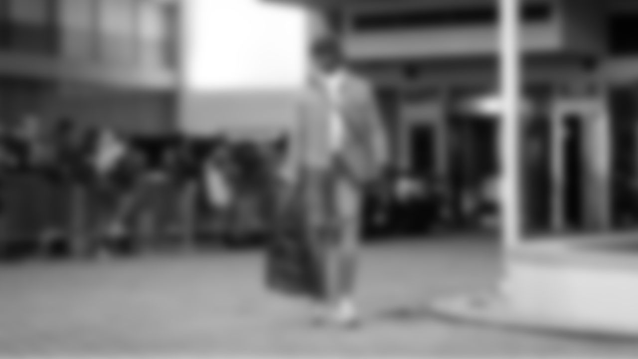 RM6_5918