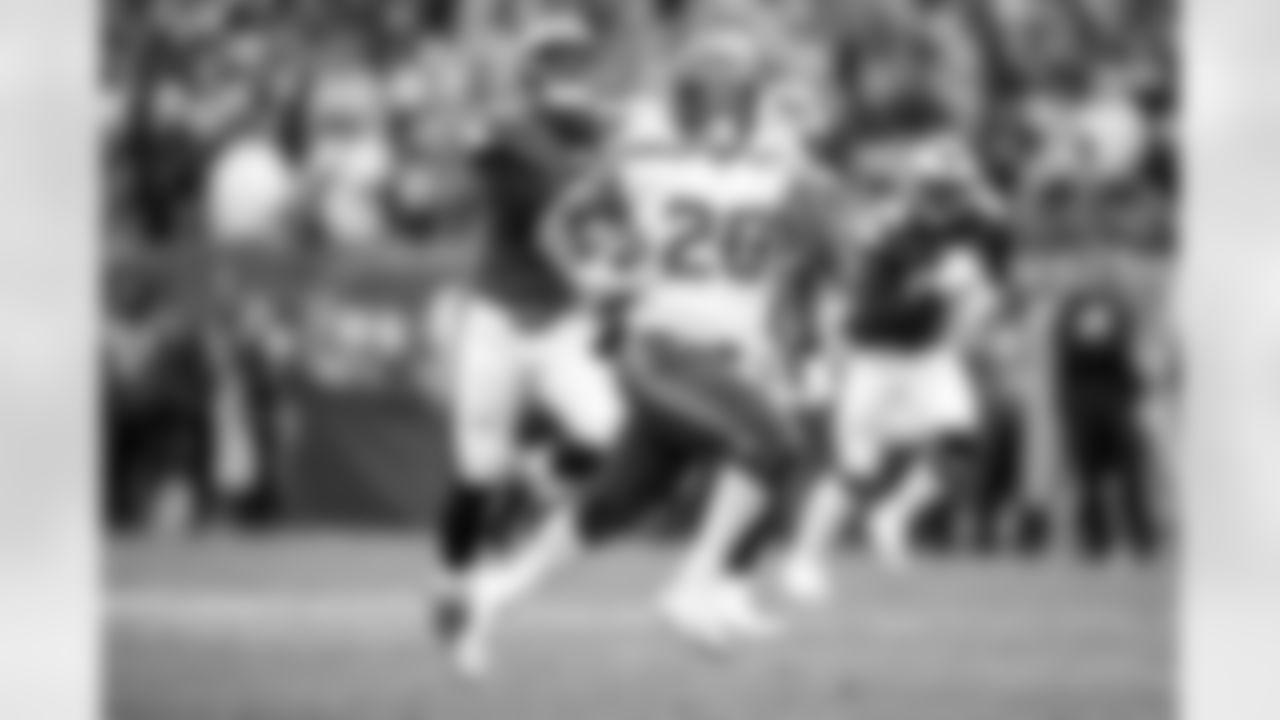 2021 Fantasy Football Top Sleepers: Seattle Seahawks Running Back Rashaad Penny (AP Photo/Matt Rourke)