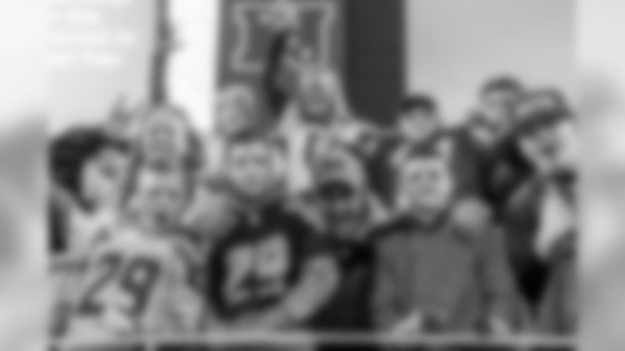 170129_seahawks_fans-4.jpg