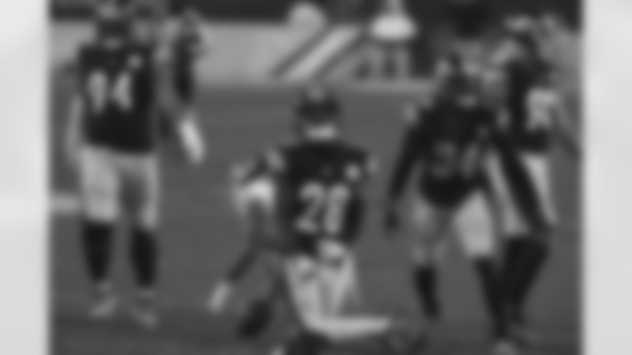 Pittsburgh Steelers cornerback Mike Hilton (28) during a regular season game between the Pittsburgh Steelers and the Washington Football Team, Monday, Dec. 7, 2020 in Pittsburgh, PA. (Caitlyn Epes / Pittsburgh Steelers)