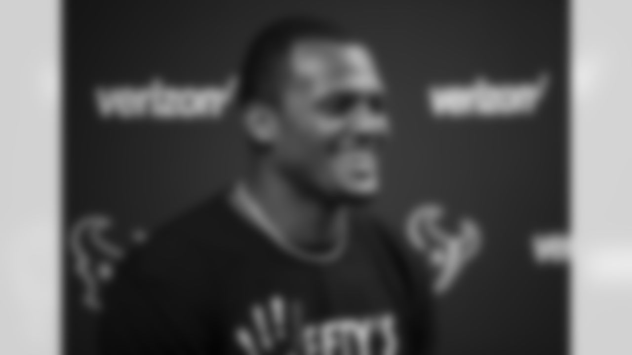 An image from the Sept. 8, 2020 Deshaun Watson contract signing press conference.