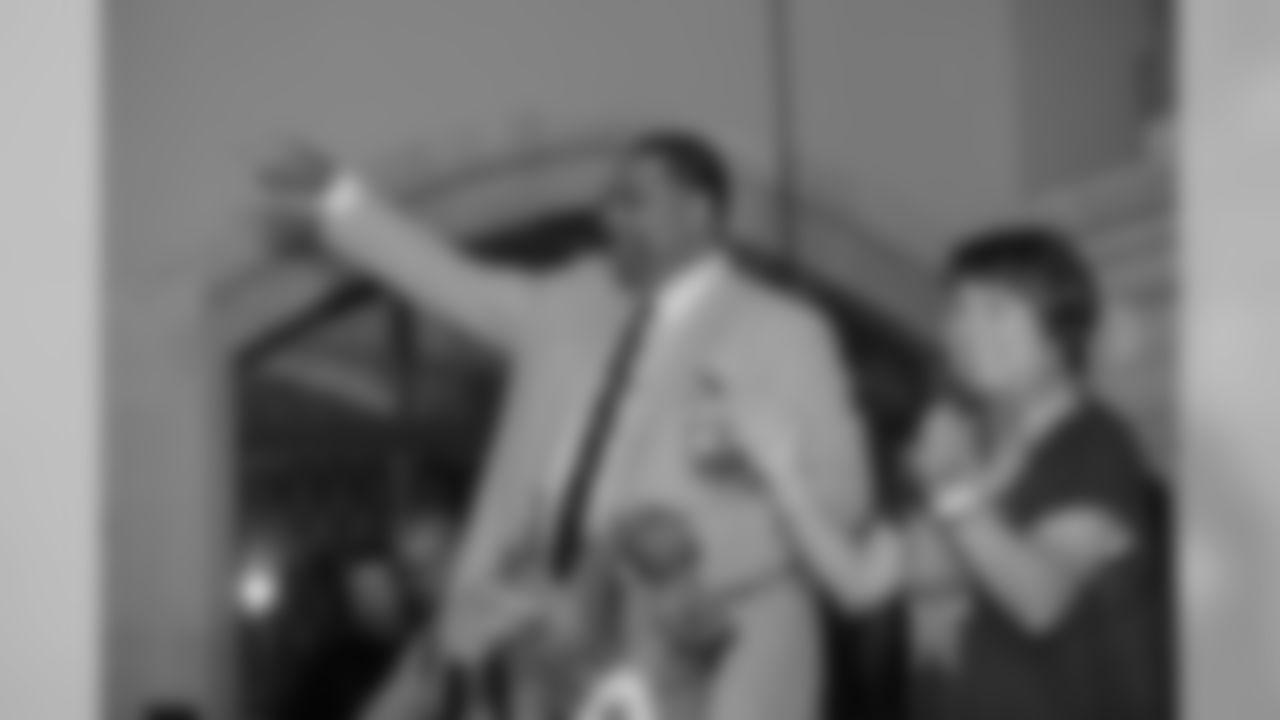 robert-brazile_2018-enshrinement_HOF_Party53848