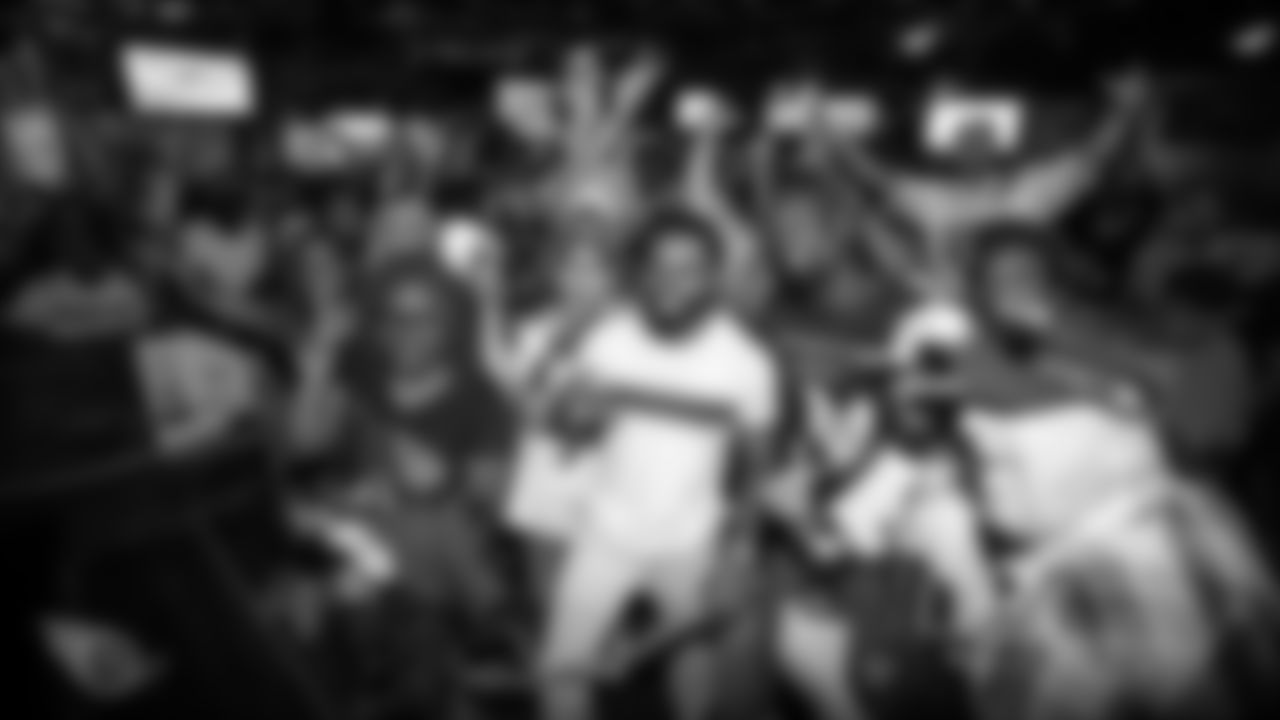ATLANTA, GA - SEPTEMBER 28, 2019 - Fans attend the Titans Road Rally at Buckhead Saloon in Atlanta, GA. Photo By Donald Page/Tennessee Titans