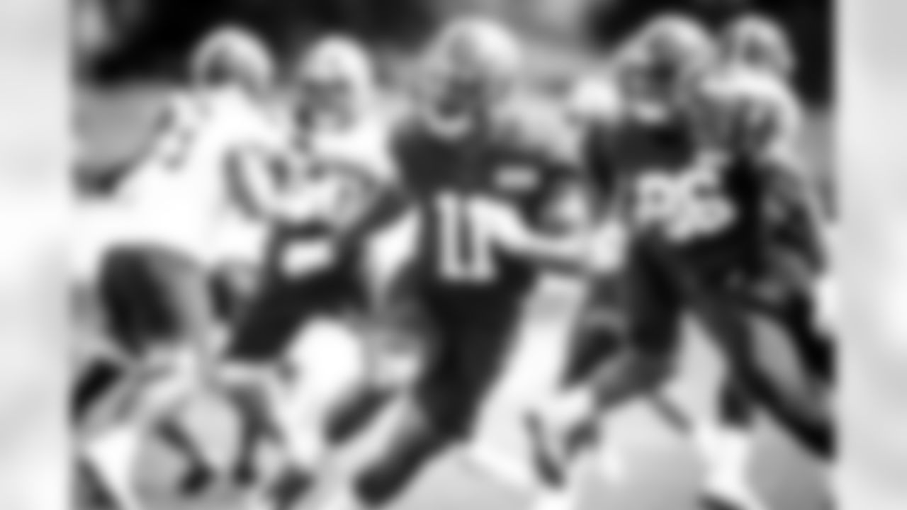 Wide receiver Donovan Peoples-Jones (11) during practice on August 29, 2020