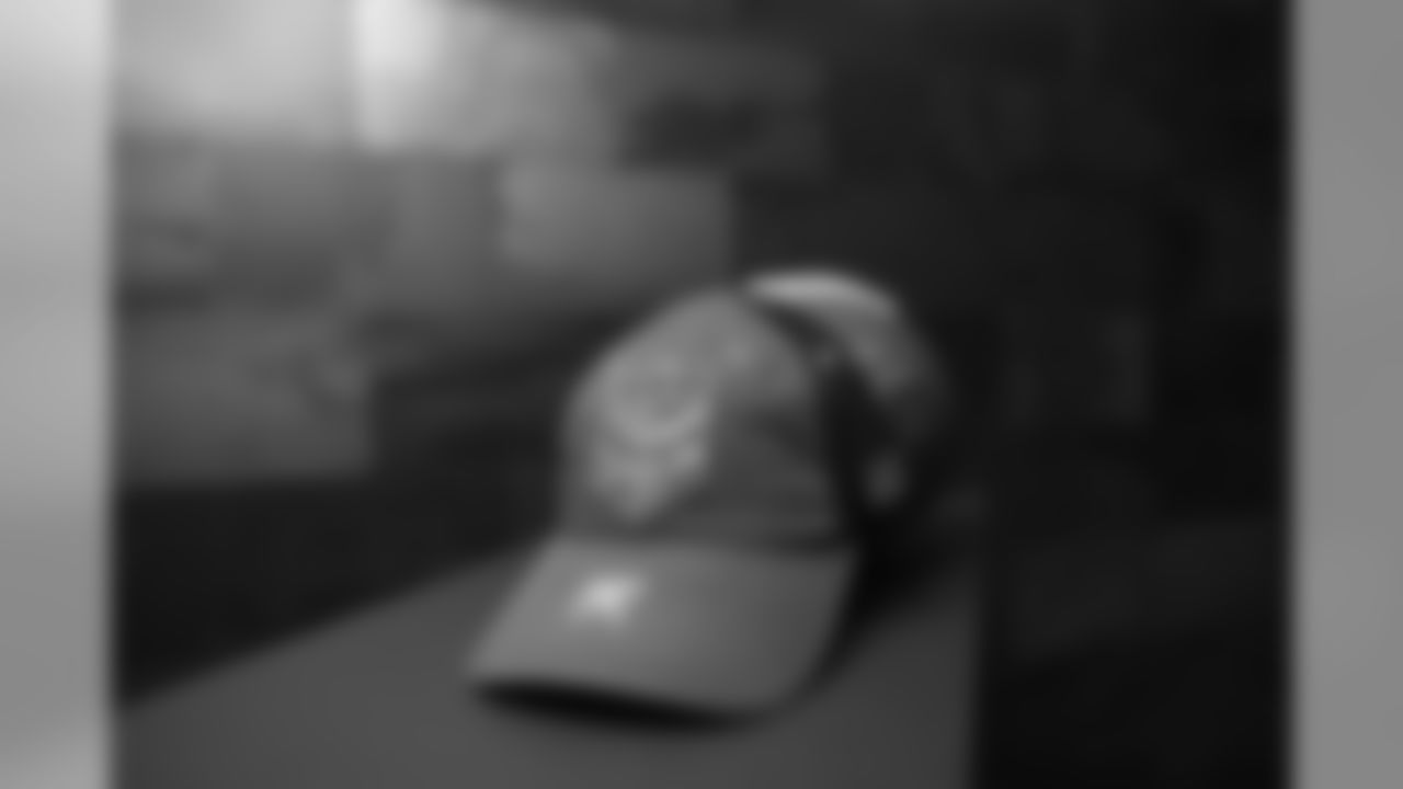 An image from October 10, 2019 of the Skoldiers Hat photoshoot held at TCOPC in Eagan, MN.