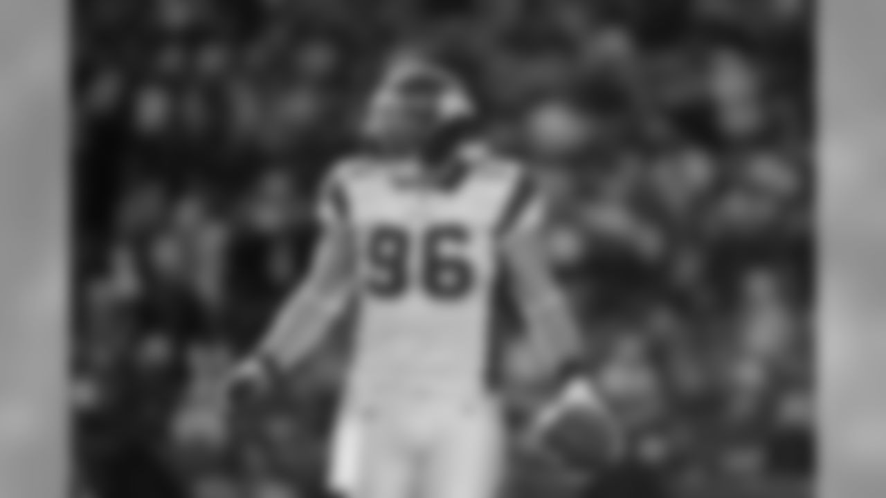 Brian Robison Officially Announces Retirement in True B ...