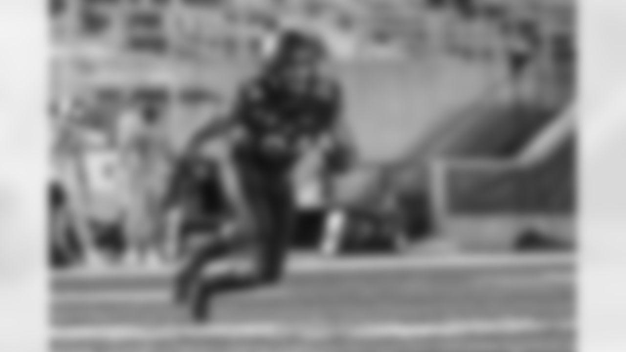 December 5, 2020; Memorial Stadium, Berkeley, California, USA; Football: California Golden Bears vs. Oregon Ducks; Camryn Bynum (24); Photo credit: Al Sermeno - KLC fotos