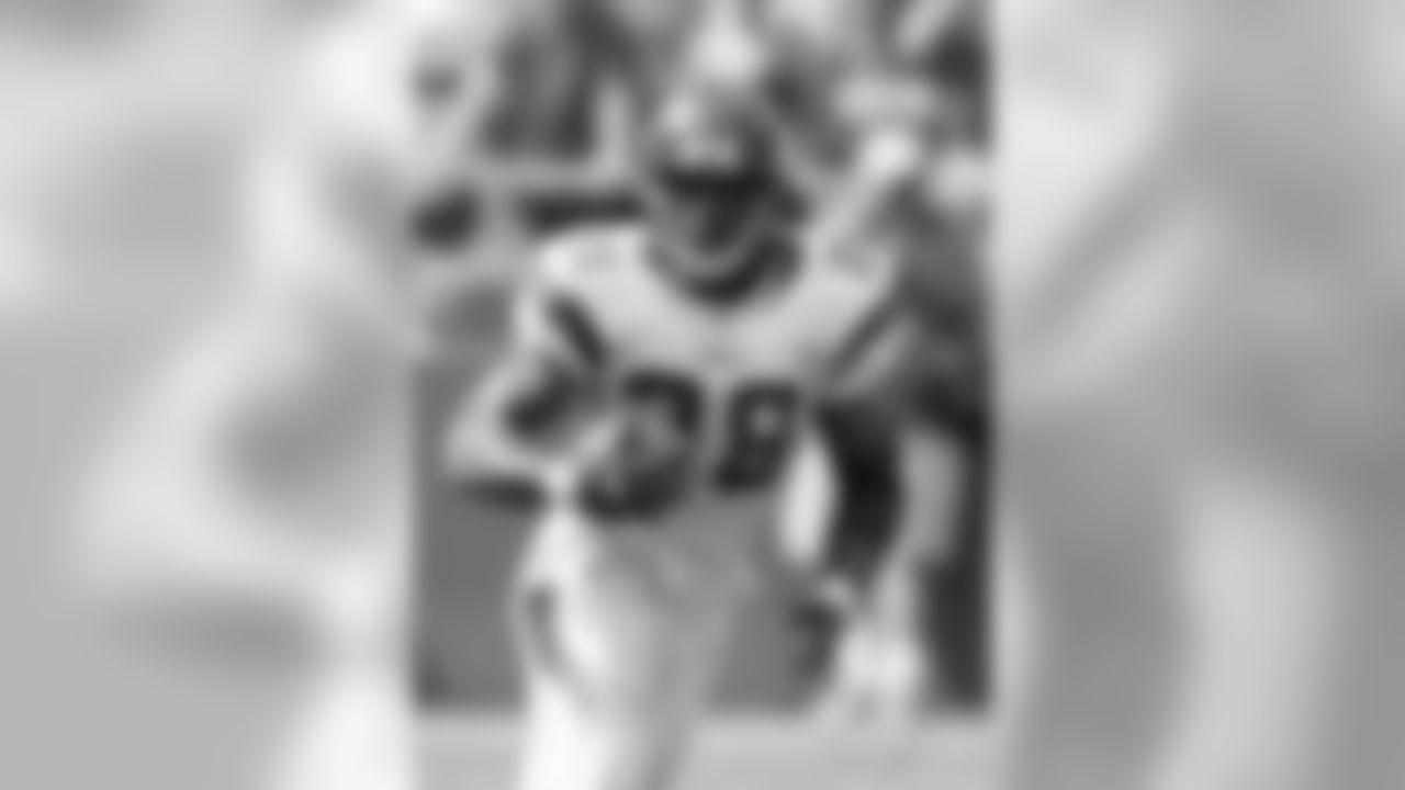 No. 1 Adrian Peterson, 2007   1,341 Yards, Season
