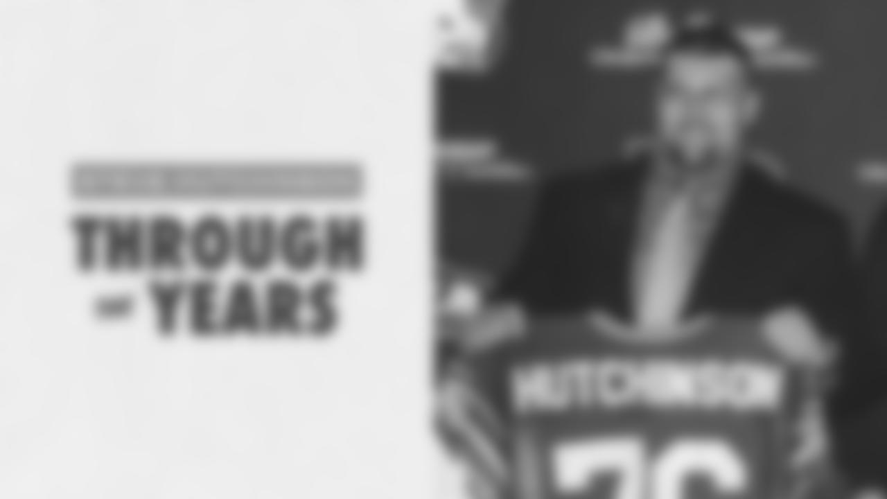 Seahawks-Steve-Hutchinson-Through-the-Years
