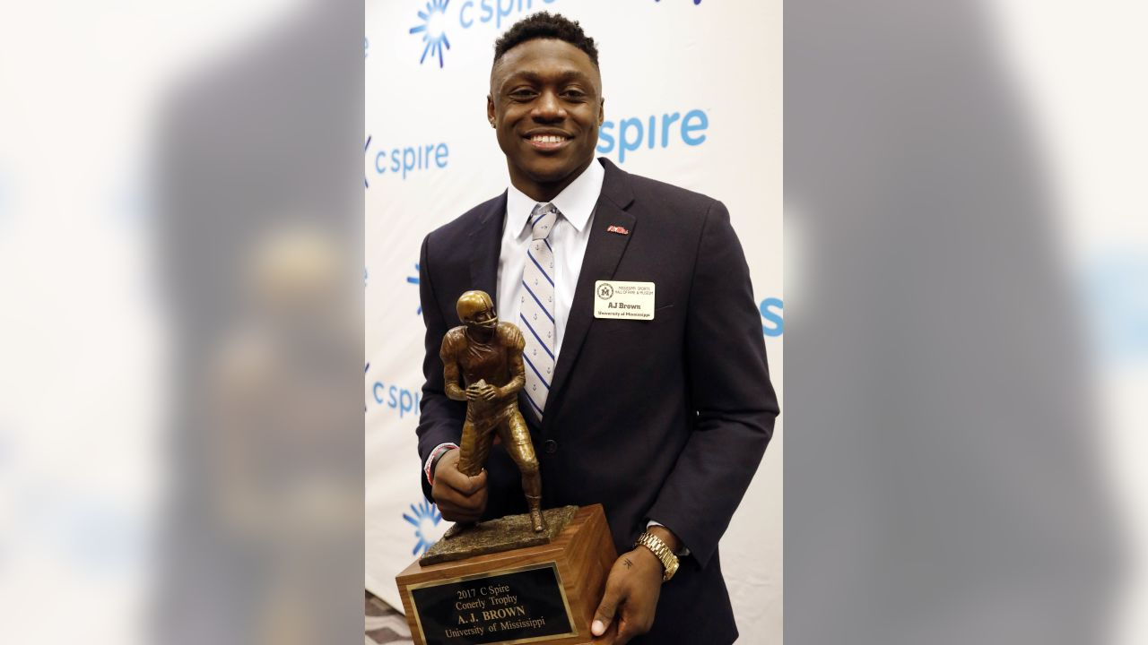 Conerly trophy 2015