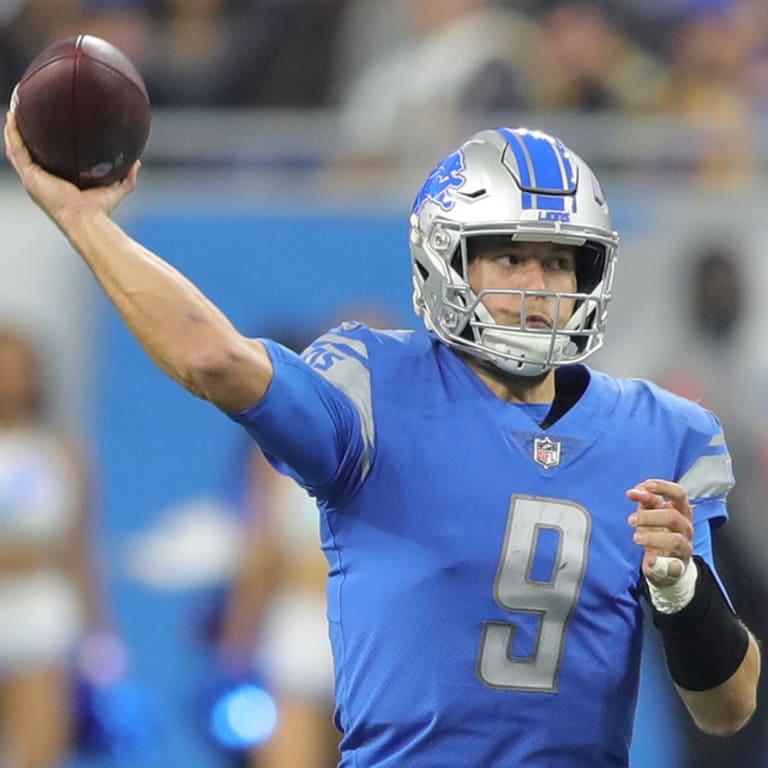 29fbc1ed35b Detroit Lions quarterback Matthew Stafford (9) during a NFL football game  against the Los