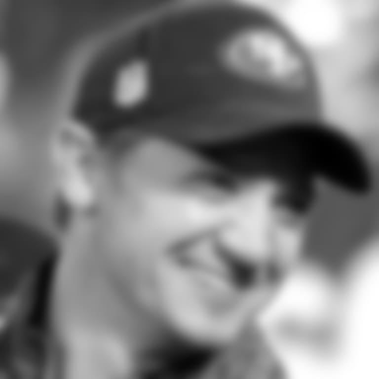 052118-Jeremy-Renner-Faithful-Football