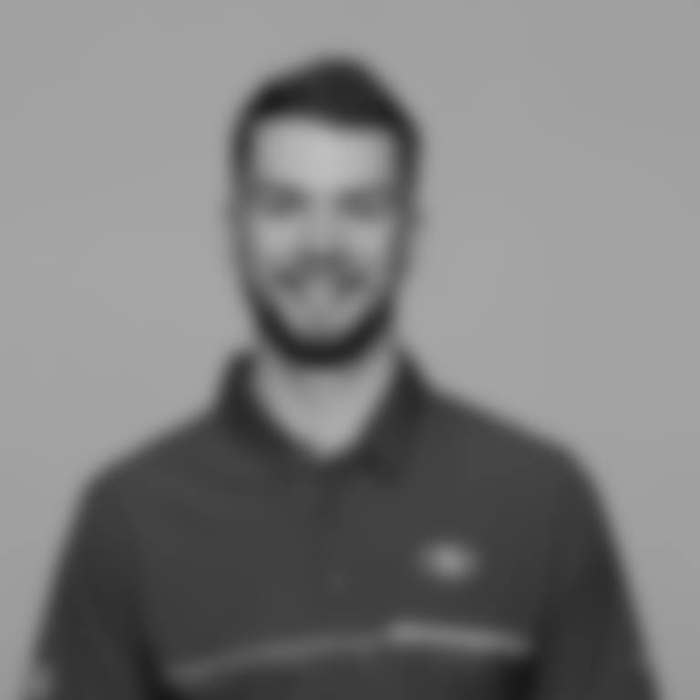 Headshot picture of Jordan Mazur