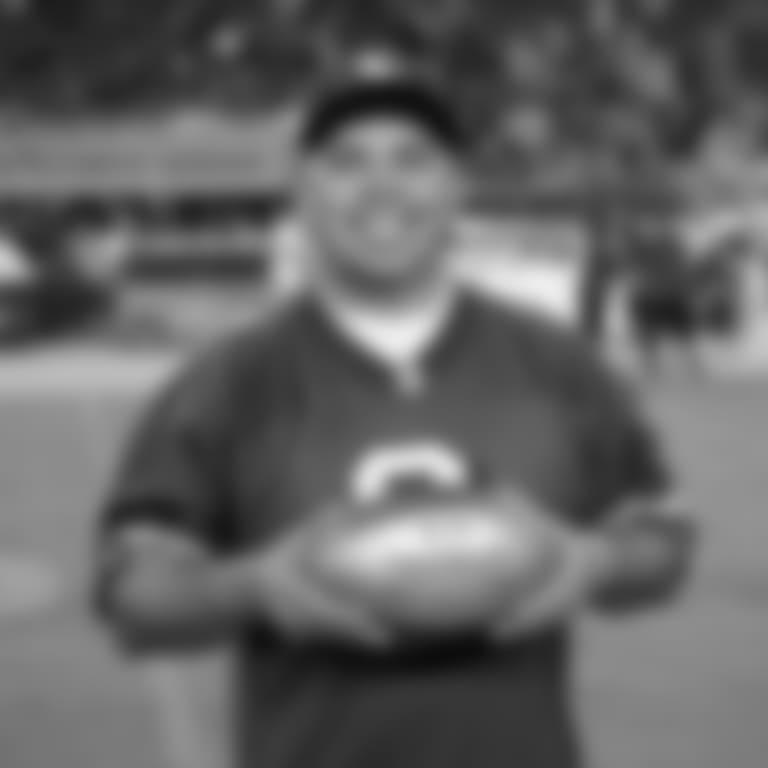 051718-Joe-Rosa-Faithful-Football