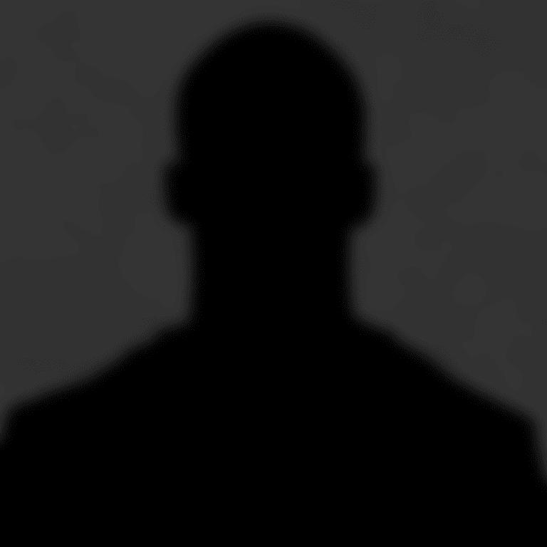 _2018_Headshot_Generic