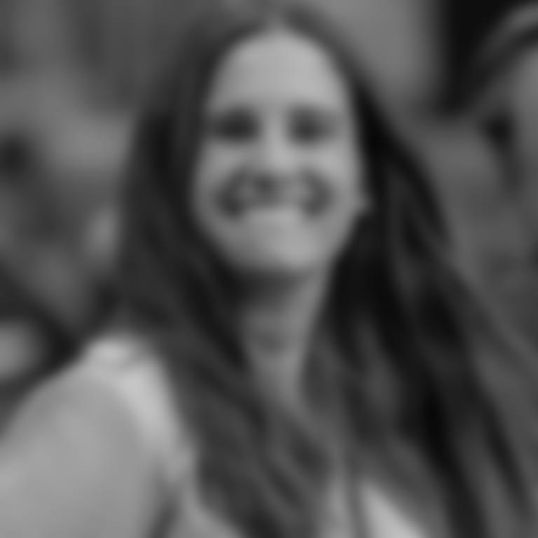 Headshot picture of Gaby Moran