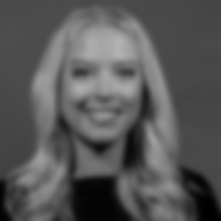 Headshot picture of Olivia Landis