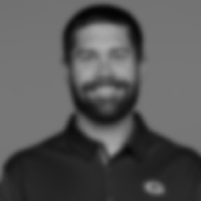 2018-headshot-mccurley-scott