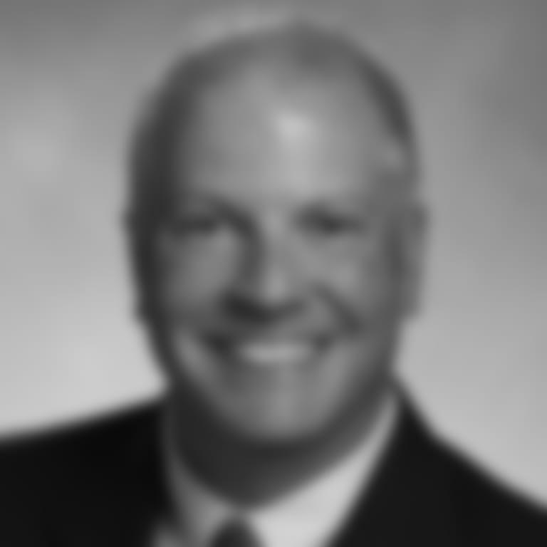 Headshot picture of Paul Perillo