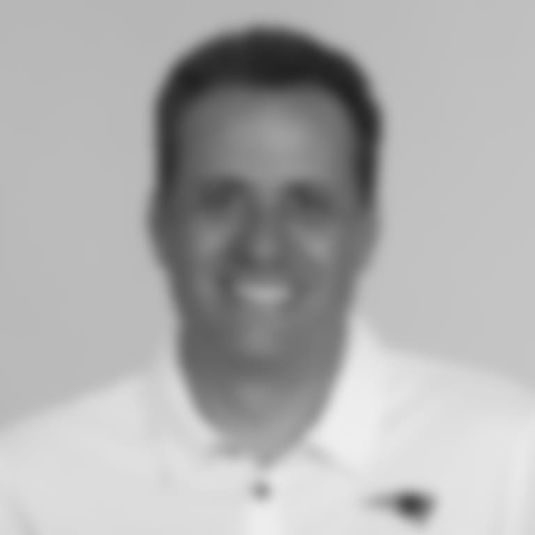 2020_jedd_fisch_coach_headshot