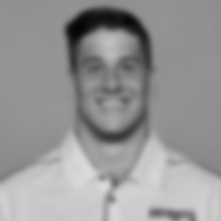 2020coaches_recropped_16x9__0000_Sunseri_Vinnie