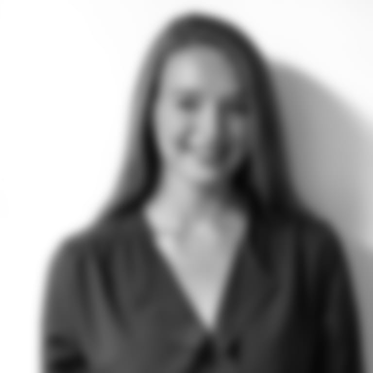 Headshot picture of Sydney Ringdahl