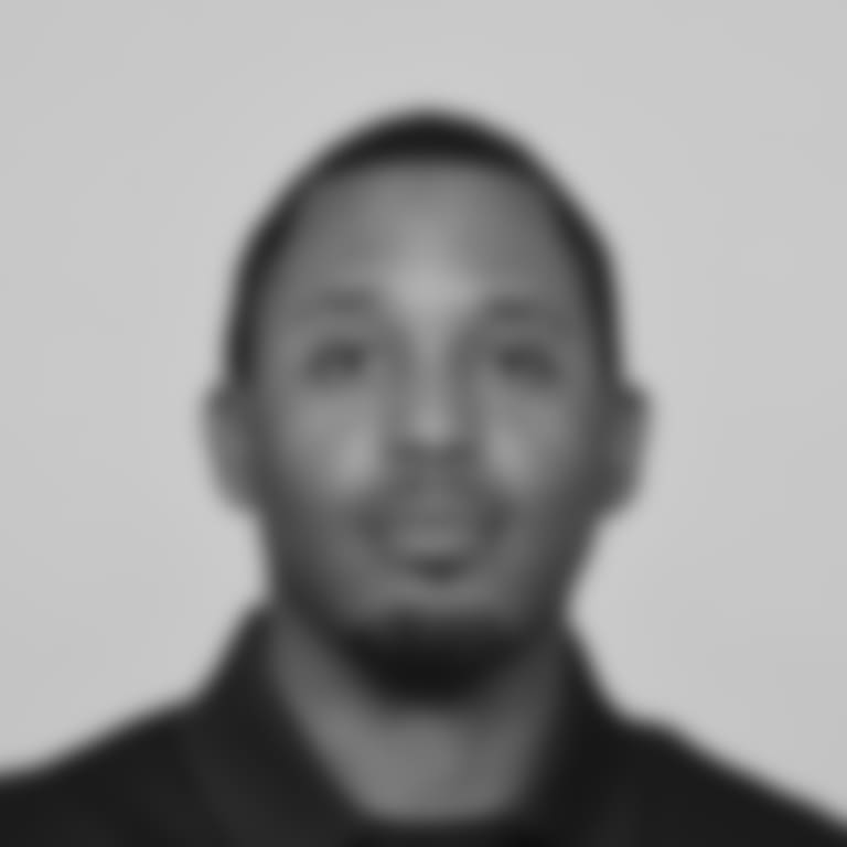 Headshots_Coach_0028_Barnett_Juney