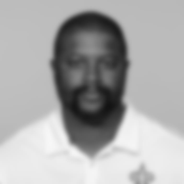 Headshot_Coaches-Curry_2560x1440_040418
