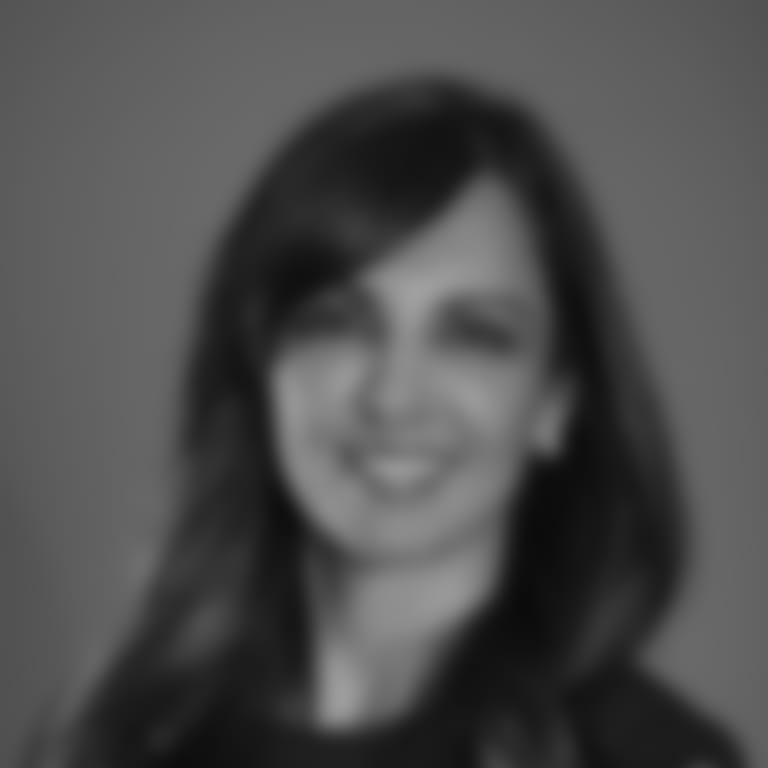 Headshot picture of Deepi Sidhu