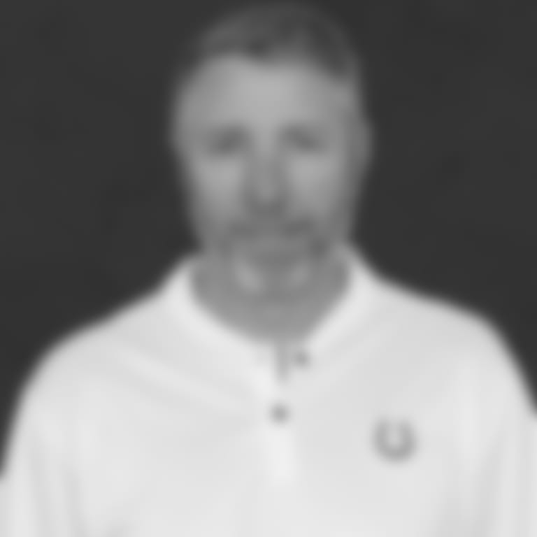 strausser-2019-headshot