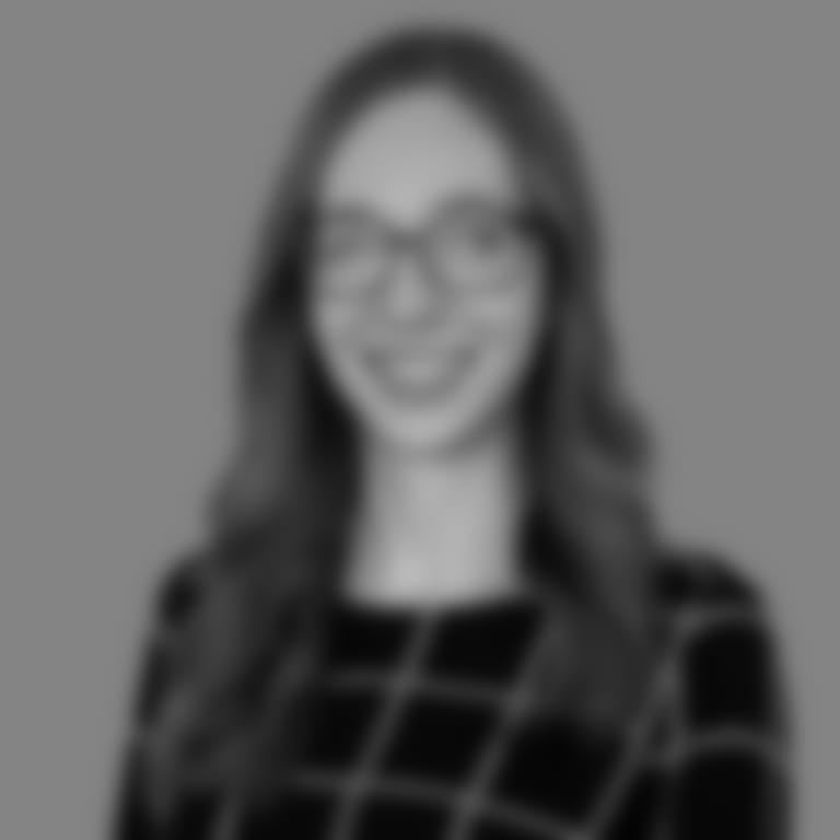 Headshot picture of Rachel Gossen