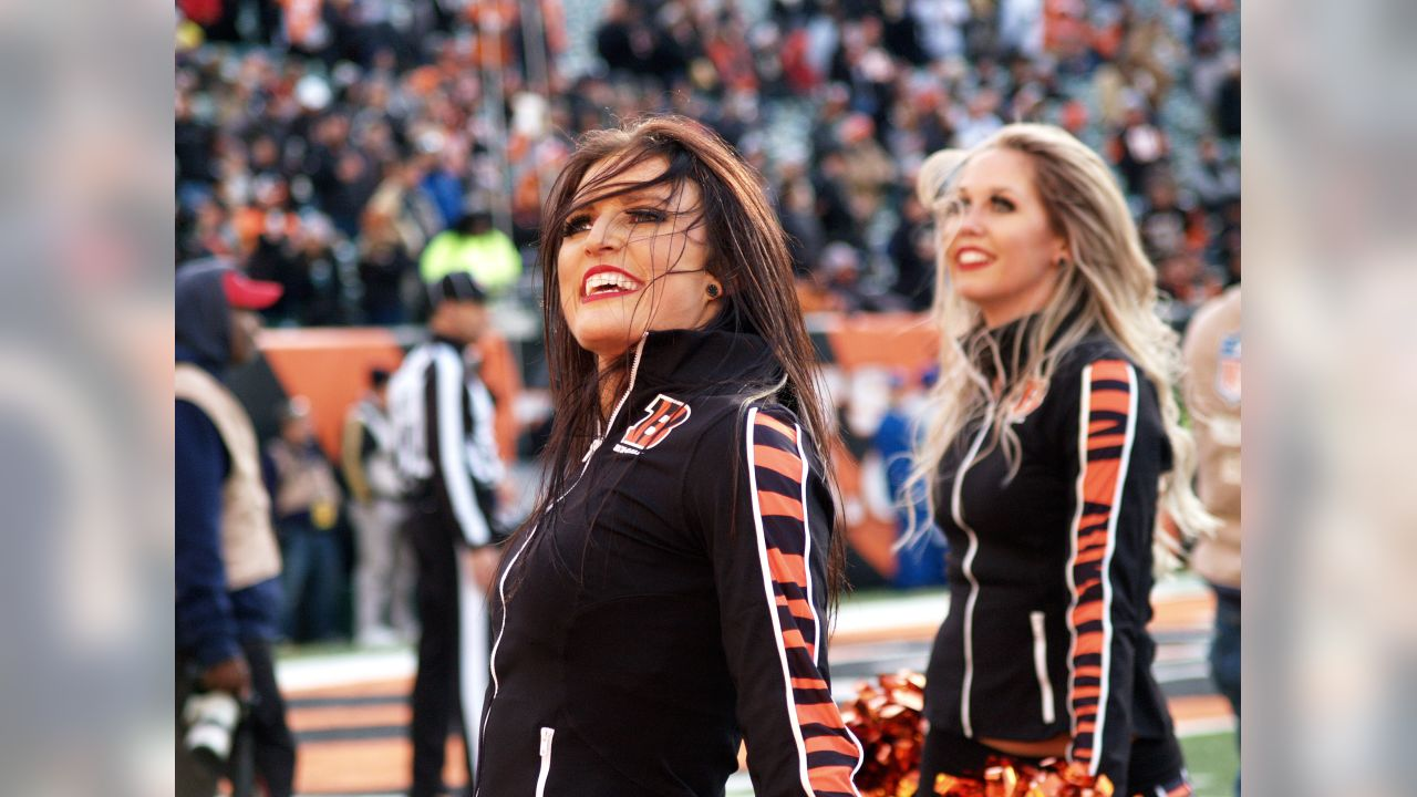 The Ben-Gals Cheerleaders perform during week 10 at Paul Brown Stadium.