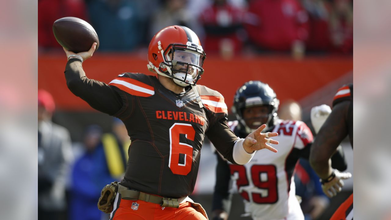Cleveland Browns quarterback Baker Mayfield looks to throw in the first half of an NFL football game against the Atlanta Falcons, Sunday, Nov. 11, 2018, in Cleveland. (AP Photo/Ron Schwane)