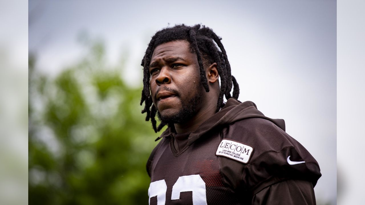 Defensive end Chad Thomas (92) during the seventh practice of OTAs on May 28, 2019.