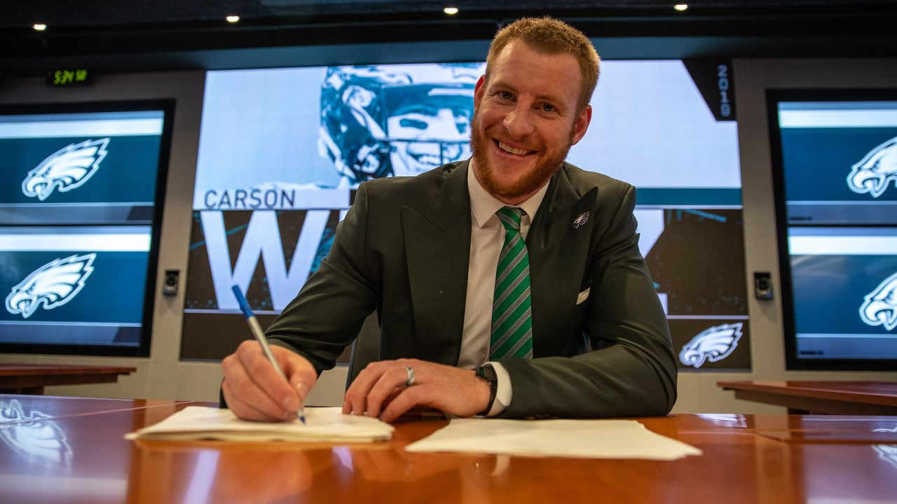 With this signature, Carson Wentz will be in Philadelphia through 2024